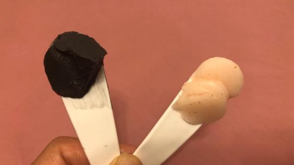 DUOブラックリペアとイチゴ比較